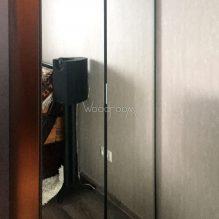 Корпусный шкаф на заказ с зеркалами Каширское шоссе