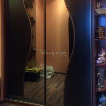 Корпусный шкаф купе в гостиную кантемировская