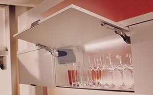 подъёмный механизм для дверцы кухонного шкафа