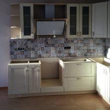 Угловая кухня, Апрелевка, 260000 р. (деревянные фасады, без столешницы)