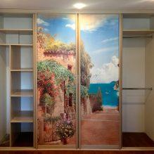 Встроенный шкаф на заказ с фреской Петровско-Разумовский проезд